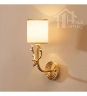 HH Metallic 1-Light Brass Deer Head Wall Light with White Fabric Drum Shade
