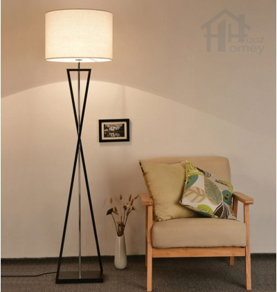 HH Classical 1-Light Black Metal Twisted Arm Floor Lamp with Fabric Drum Shade