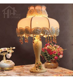 HH Classical 1-Light White Resin Floral Table Lamp with Fabric Roses Lamp Shade