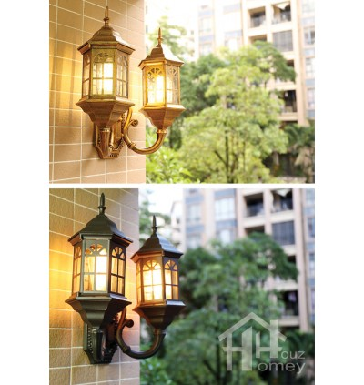 HH 2-Light Metal Castle Outdoor Wall Light with Clear Glass Shade