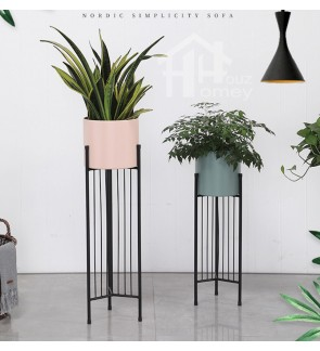HH Natura Metal Planter Pot with Black Colour Metal Stand