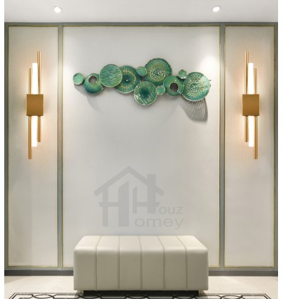 HH Metallic Artistic Wall Light
